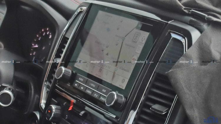 外观内饰升级 日产新款Titan XD皮卡路试谍照曝光