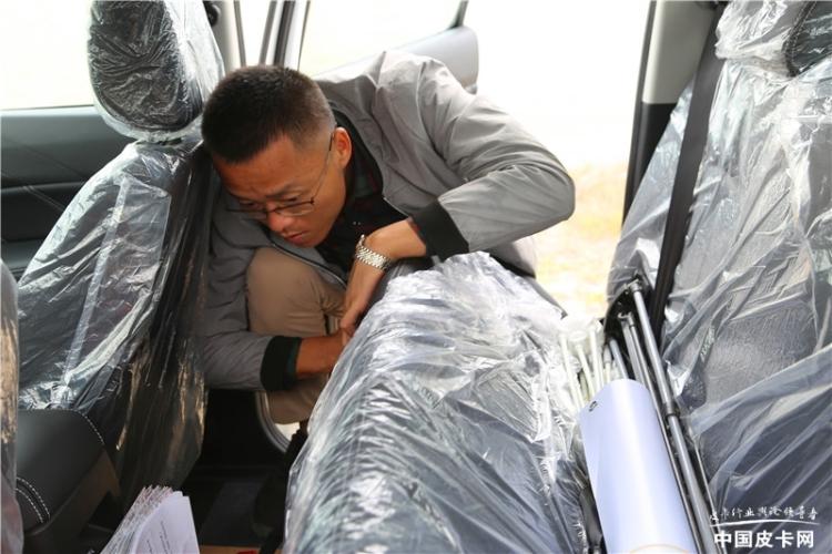 新·探微皮卡人——海南哈密瓜大王:十万的车开出百万的越野感觉