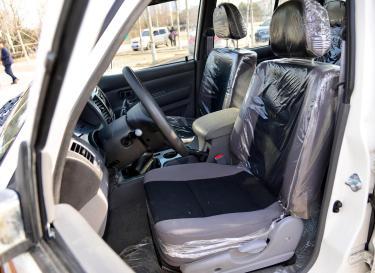 越铃车厢座椅