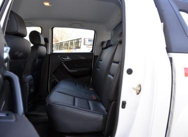 域虎7车厢座椅
